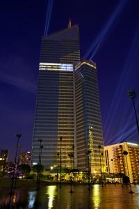La torre First el día de su inauguración, el 6 de mayo de 2011. Wikipedia