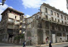 Una imagen del estado actual del Hotel Lincoln. / EFE