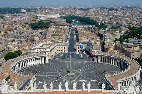 Plaza de San Pedro, Ciudad del Vaticano. La Enciclopedia Libre Universal en Español
