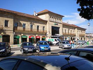 Exterior de la (actual) estación de Orense - Empalme (Wikipedia)