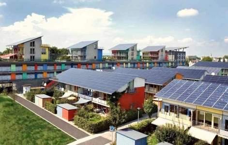Friburgo - La Solarsiedlung (Ciudad Solar) se autoabastece de energía (Flickr / Daveeza) 20minutos.es
