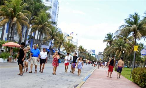 Miami Beach reivindica el espíritu art decó vivo en su arquitectura. Foto: EPA / Google News / EFE