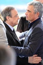 EFE - Mourinho y Florentino, durante la presentación / ABC.es