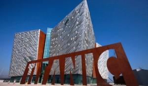 Los astilleros de Belfast trabajaron tres años en la construcción del barco, el más grande del mundo en la época y diez meses en su diseño interior. [ Ver fotogalería ]