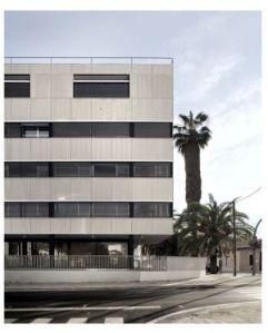 Casa Cuartel de Moncada (Valencia), obra de Carlos J. Meri. - ElPais.com