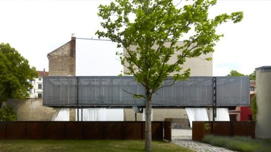 Exterior view; Photo: Christian Richters
