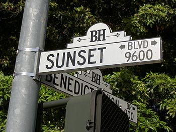 Letrero de Sunset Boulevard. Wikipedia