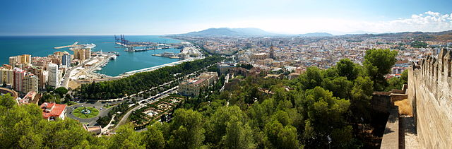 Panoramic view of Málaga from Gibralfaro - Wikipedia