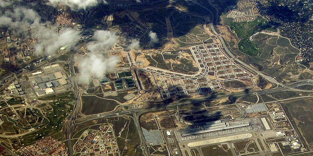Aerial photograph of Valdebebas, Madrid, taken in March, 2011. Photo: Wikimedia Commons