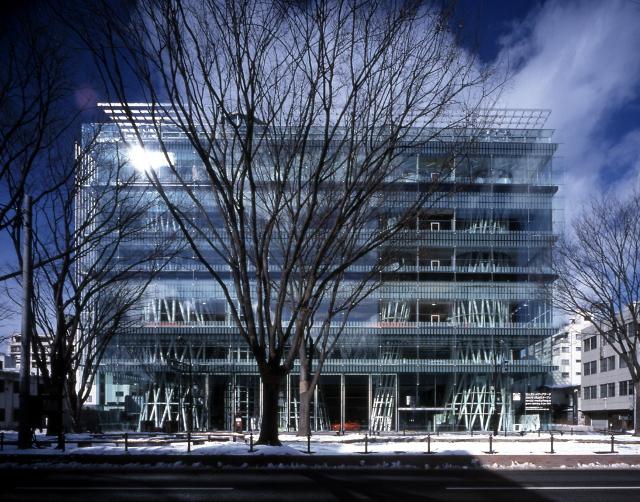 Sendai Mediatheque, 1995—2000, Sendai-shi, Miyagi, Japan  Photo by Nacasa & Partners Inc. Fuente: pritzkerprize.com