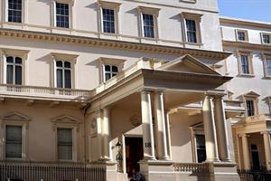 Residencia del siglo XIX; tasada en unos 870 millones de dólares.  LaNacion.com.ar
