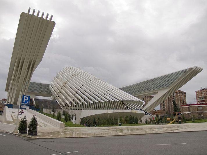 Palacio de Congresos de Oviedo - Wikipedia