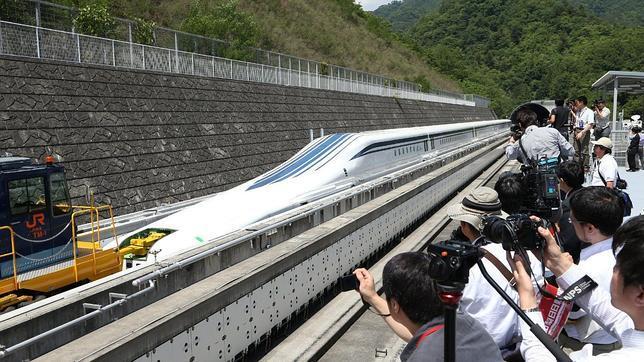 afp Prototipo del nuevo tren magnético japonés - ABC.es